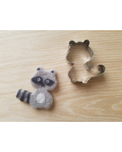 Small raccoon cookie cutter