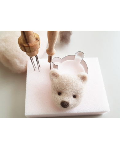 Small bear head cookie cutter