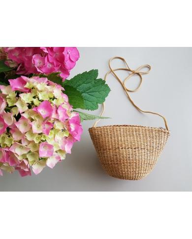 Small chic straw bag