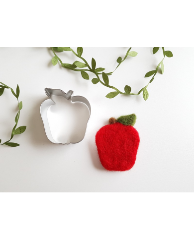 Small apple cookie cutter