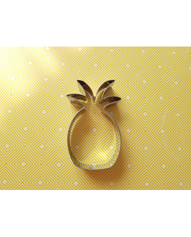 Big pineapple cookie cutter