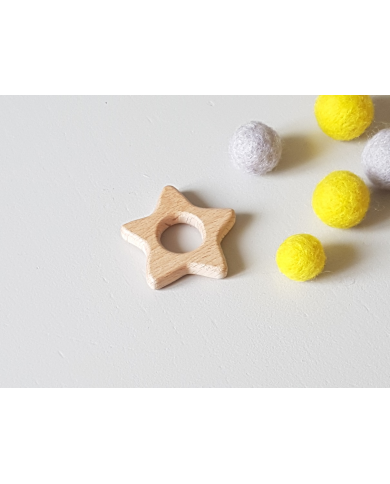 Wooden star ring for baby