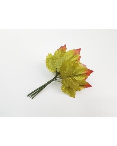 12 feuilles décoratives vertes modèle 4